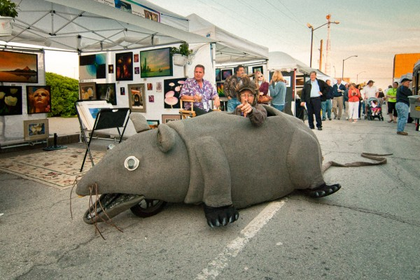 heck, he might even drive a rat car, dropping potatoes behind him! (Blue Dome 2009)