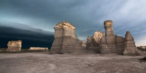 monument rocks kansas - 08.jpg
