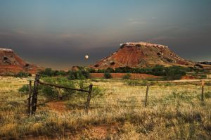 Moonrise, Gloss Mountains