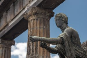 Apollo, at Pompeii