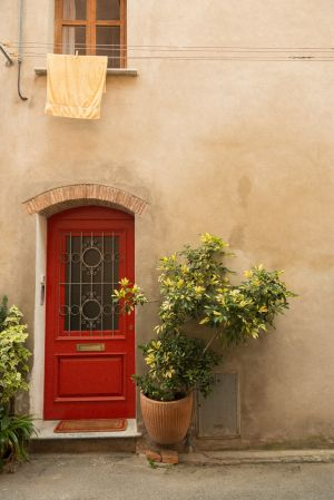 red-door-and-towel.jpg